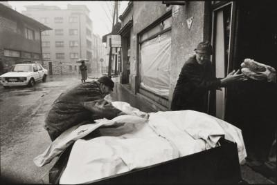bread-distriubition-sarajevo-january-1994